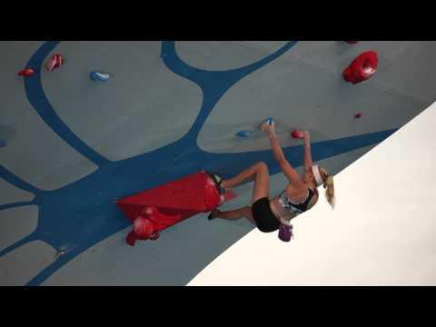Andrea Szekely and Sasha DiGiulian climb at the Psicocomp 2014