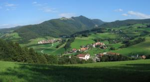 View from Goldberg on the village Oberried and into the Dreisamtal - Di Thomwiesel - Opera propria, CC BY-SA 3.0, https://commons.wikimedia.org/w/index.php?curid=14958355