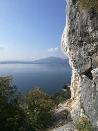 Panorama dal settore alto della falesia di Predore. - Luigi Moro