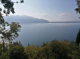 Il magnifico lago d'Iseo visto dal settore alto della falesia di Predore - Luigi Moro