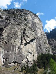 Vista della parete - Ossola Climbing