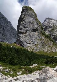 Vista della parete del Torrione del Mulaz, lato dove c'è bivacco Costantini - Fondazione degli Amici di L. Ron Hubbard