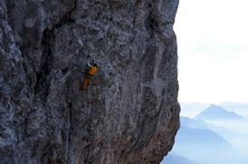 Guida alpina, durante omologazione della via. - Fondazione degli Amici di L. Ron Hubbard