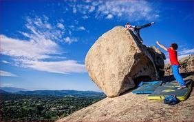 Un masso della zona boulder - La Sportiva