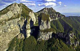Vista panoramica del Monte procinto - Stefano guida alpina