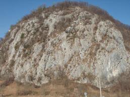 Vista della Rocca di Baiedo - Vie Normali.it