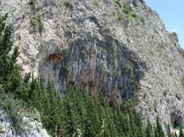 La Grotta - Luigi Filocamo