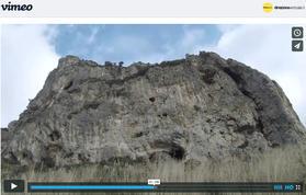 screenshot della falesia tratto dal video https://vimeo.com/direzioneverticale/climbingcostaamalfi - https://vimeo.com/direzioneverticale/climbingcostaamalfi